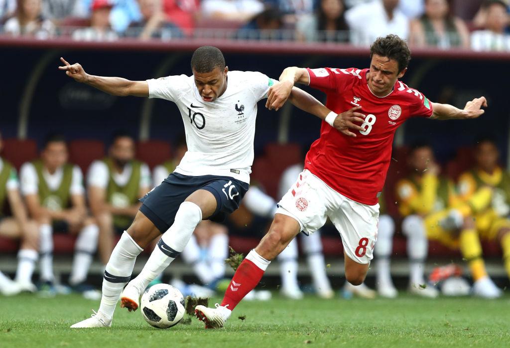 ฝรั่งเศส vs เดนมาร์ก